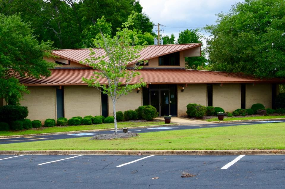 Front view of the Tuscaloosa Regional Center